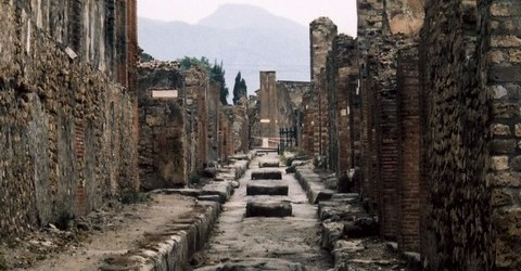 Index furthermore Ostia Antica in addition Rom further Pompeii Ruins Bodies Kissing additionally File Piranesi 3008. on ruins of rome